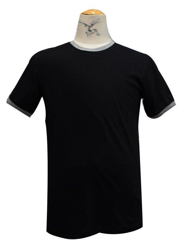 เสื้อยืดสีดำกุ้นเทา