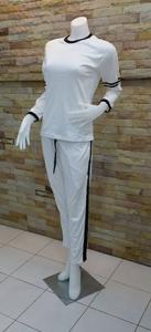 เสื้อแขนยาวกางเกงขายาวสีขาว 1
